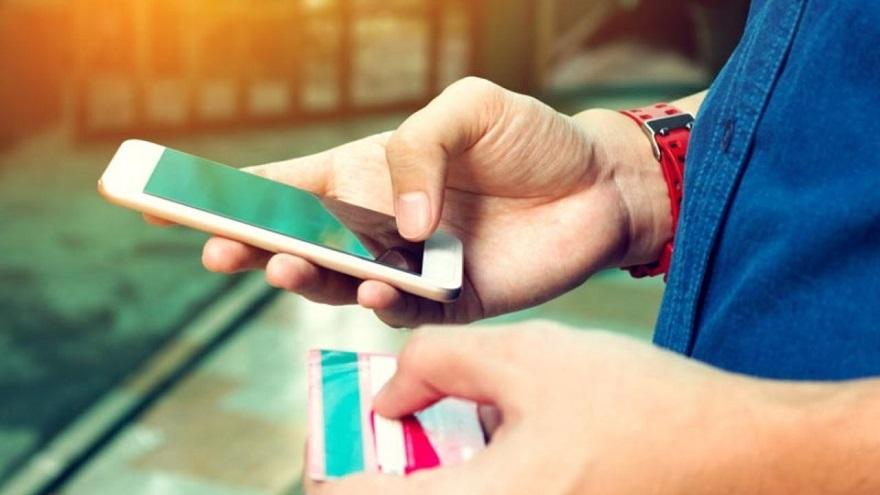 Pedir todo desde el celular, un boom en plena cuarentena