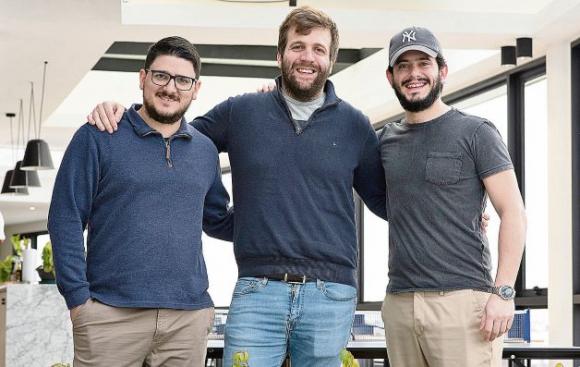 Ahora sus fundadores, Pablo Marchesi (CTO), Sebastián Galli (CPO) y Rodrigo Capdevielle (CEO) pondrán foco en devolver su experiencia al sector emprendedor local, crearán un fondo de inversión y en abrir una nueva empresa, indicaron