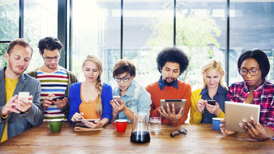 Aunque la mayoría de la gente aprecia la comodidad que ofrece la tecnología, su uso sin límites es una preocupación