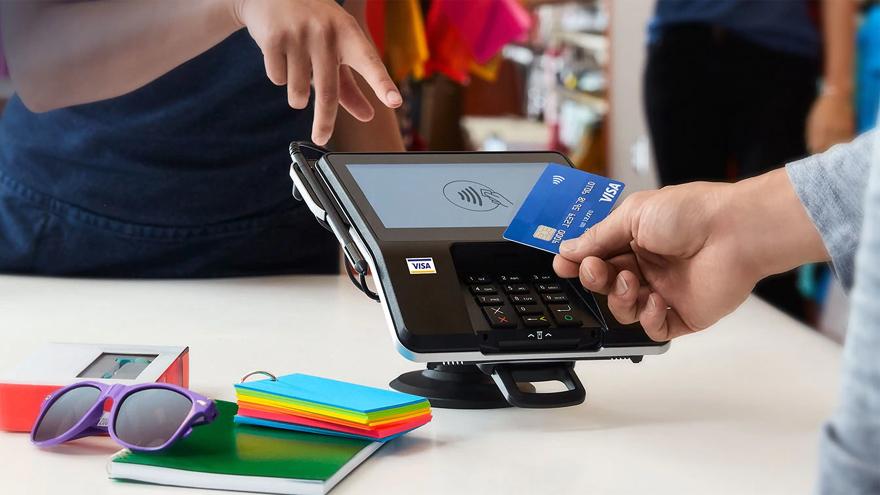 Las tarjetas contactless simplemente se apoyan en el terminal y no requieren firma
