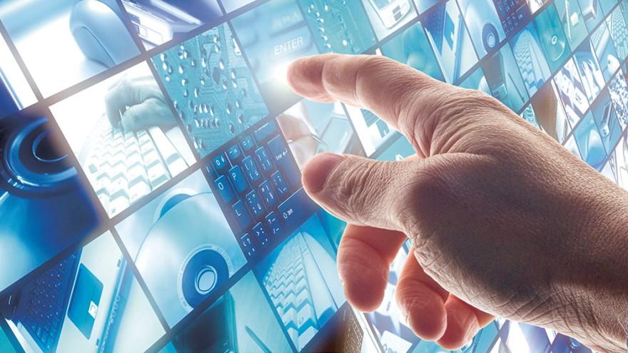 La alianza entre los tres gigantes busca acelerar la transformación digital
