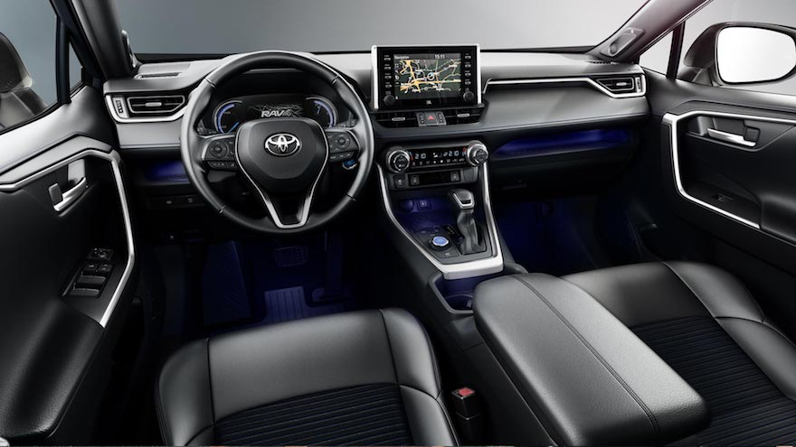 Toyota RAV4, con un interior bien completo.
