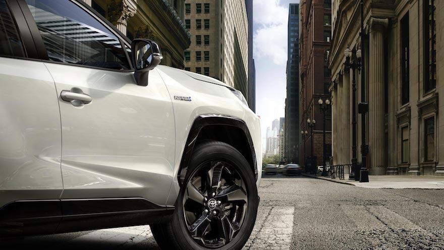 Toyota RAV4, también estrena seguridad a medida.