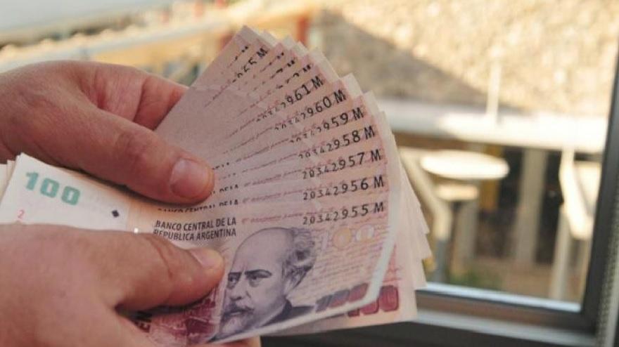Una vez que se otorga el crédito y la persona comienza a utilizarlo, solo le queda devolver el dinero