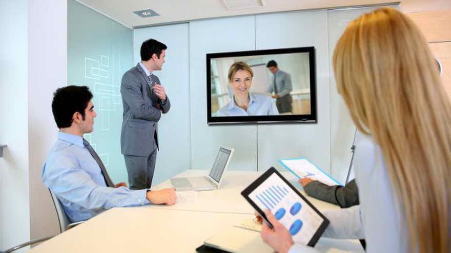Contar con uenas herramientas de comunicación visual es parte de la mejora de tu trabajo remoto