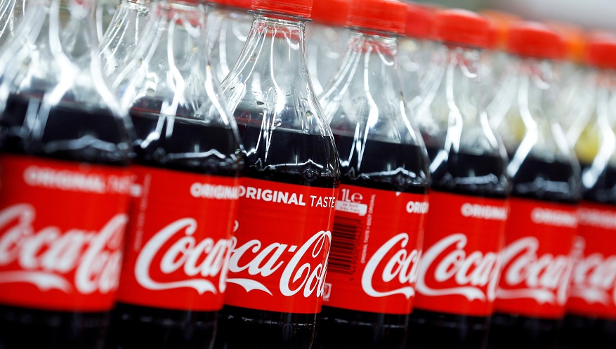 Coca-Cola introducirá su popular agua mineral Topo Chico al segmento de las bebidas alcohólicas.