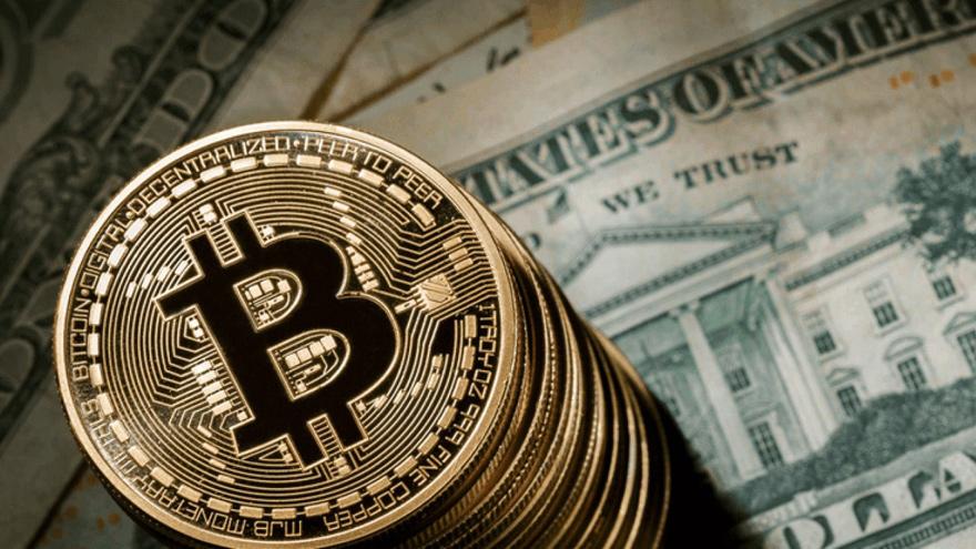 A diferencia del Bitcoin, las stablecoin mantienen una paridad con el dolar y pueden ser cambiados por esta moneda