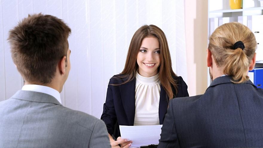 Los CVs y las entrevistas están cambiando gracias a la tecnolgía.
