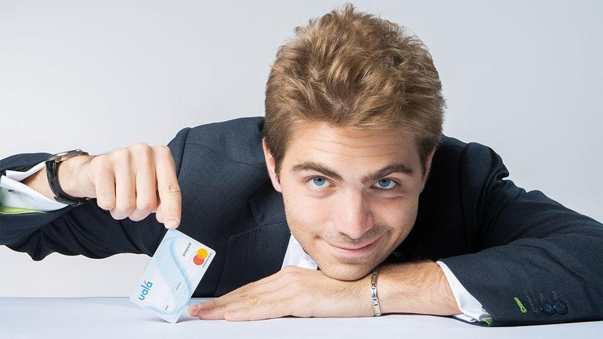Pierpaolo Barbieri, fundador de la billetera Ualá, que ofrece una tarjeta Mastercard prepaga