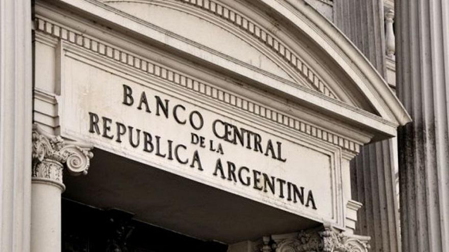 En las últimas semanas, el Banco Central devaluó el peso a un ritmo diario de 0,13%