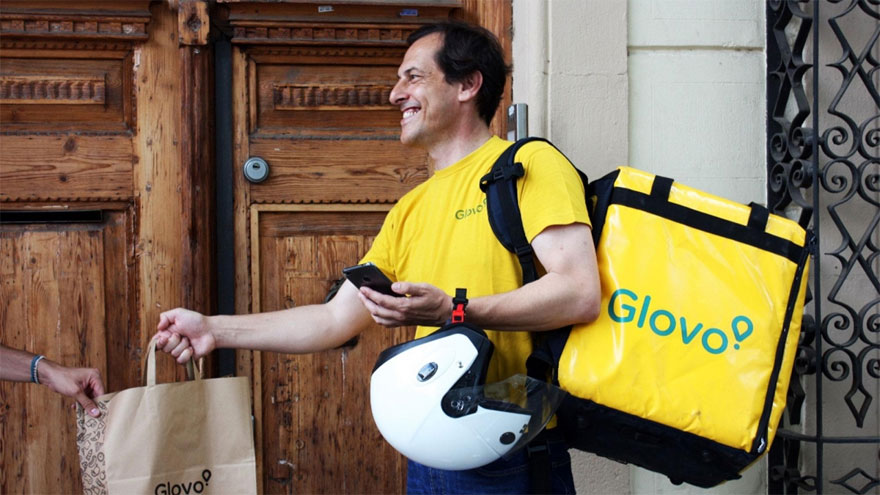 Los repartidores de Glovo deberán ser contratados según la justicia española