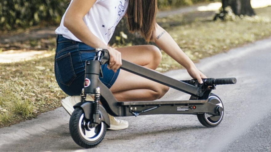 Plegables, las opciones más prácticas para combinar con otros medios de transporte.