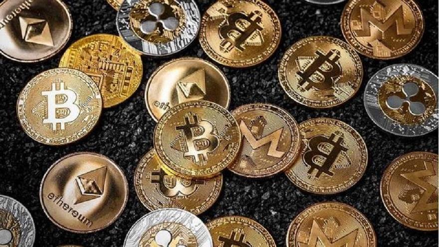 La blockchain de Córdoba será privada y controlada por el gobierno, mientras que la de bitcoin es abierta y pública