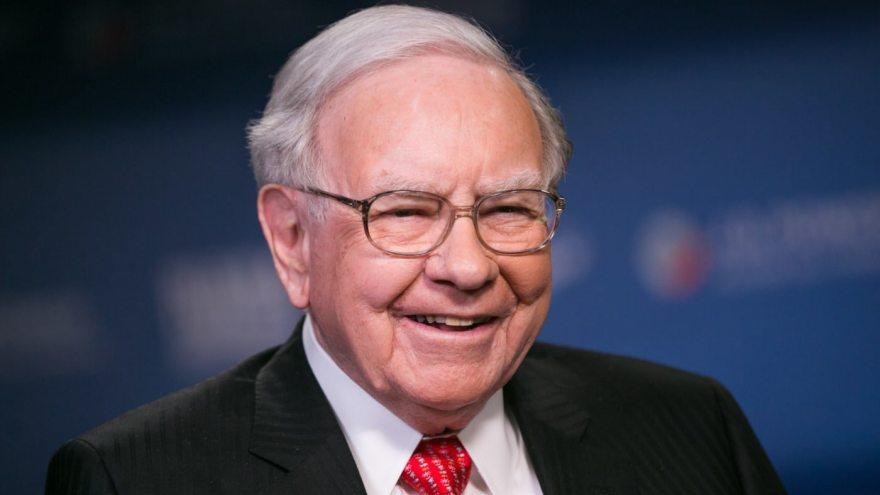 Warren Buffette se encuentra entre el grupo de líderes a lo que es menester seguir sus enseñanzas y consejos