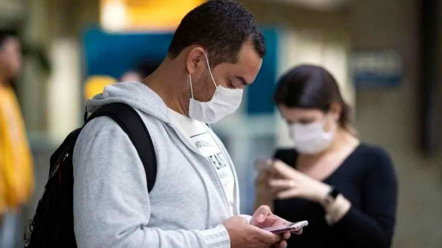 Los investigadores utilizaron estos marcadores para analizar 200.000 grabaciones de toses impostadas de 70.000 personas voluntarias