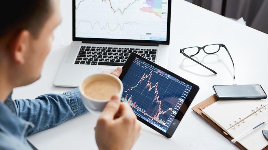 Seguir a traders experimentados minimiza los riesgos