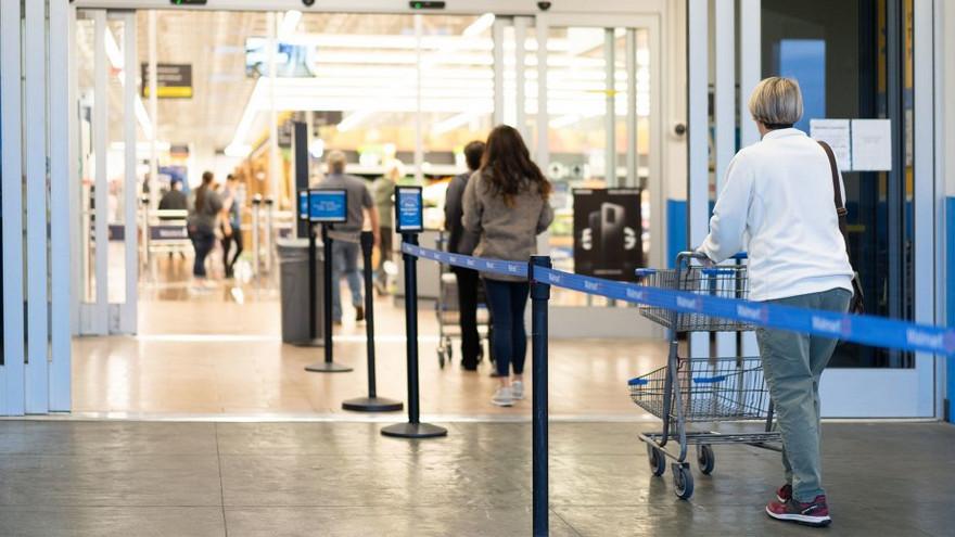 El distanciamiento social será una nueva norma en las tiendas físicas
