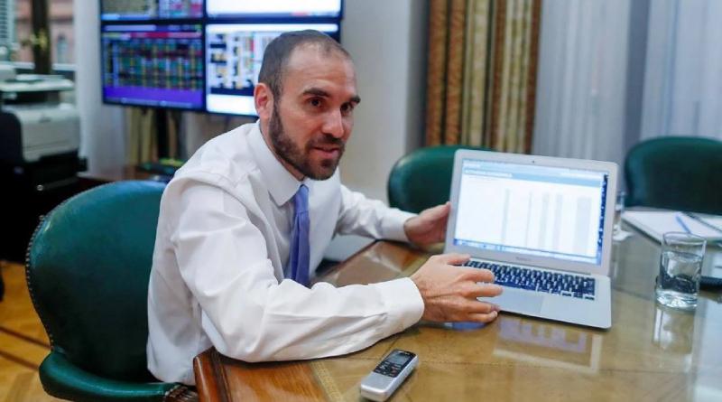 El ministro de economía, Martín Guzmán, continúa negociando el canje de la deuda con los acreedores