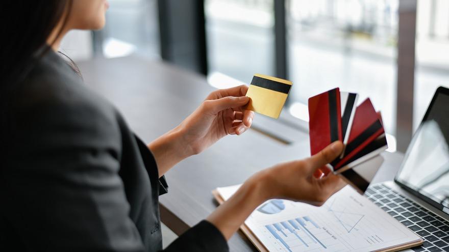 El uso de tarjetas, clave para evitar el efectivo