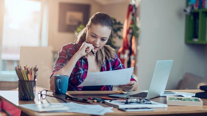 85% de estos clientes ya cuenta con procedimientos de trabajo a distancia, mientras que 40% posee al total de sus empleados operando bajo esa modalidad