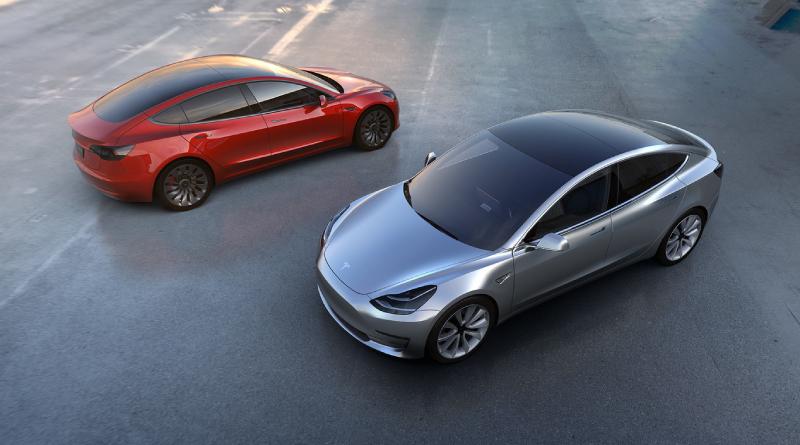 Tesla suma funciones