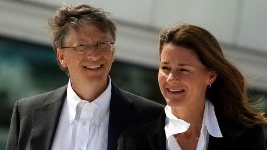 Las insólitas razones que ponen a Bill Gates en el centro de la escena