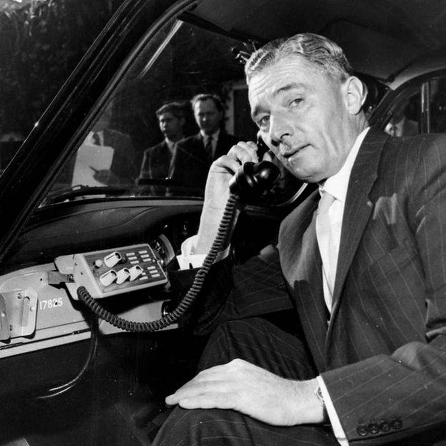 Los teléfonos en los autos era el futuro que AT&T imaginaba