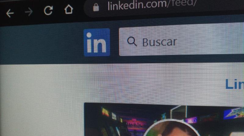 Millones de personas usan todos los días LinkedIn para buscar trabajo