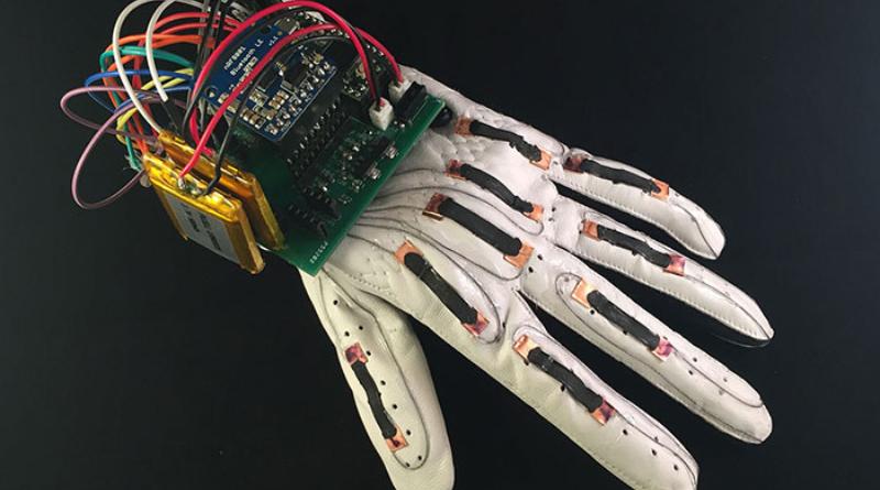 El guante no requiere de tecnología compleja