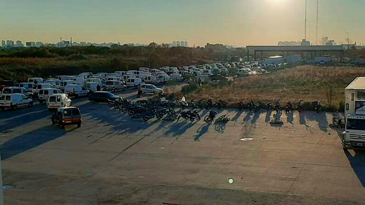 Imagen del bloqueo por parte del Sindicato de Camioneros