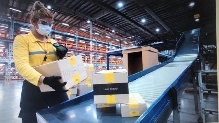 Casi 1.300 empleados trabajan en a planta