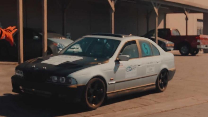 Este BMW del 97, reciclado, logró vencer a uno de los vehículos más modernos en existencia