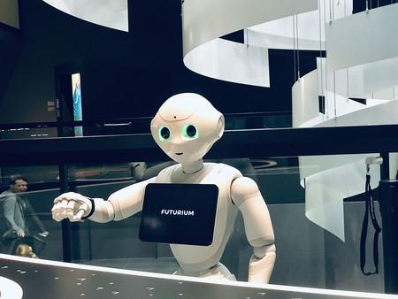 Foto de robot con IA