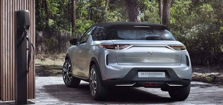 De líneas puras y estilizadas, los nuevos vehículos eléctricos de DS van siendo conocidos en el mercado