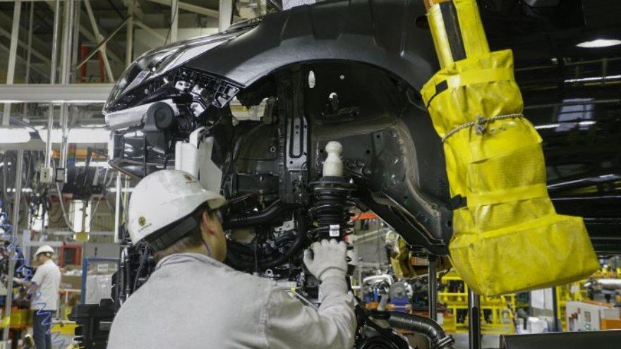 General Motors: empleados de la automotriz realizan tareas en Unilever