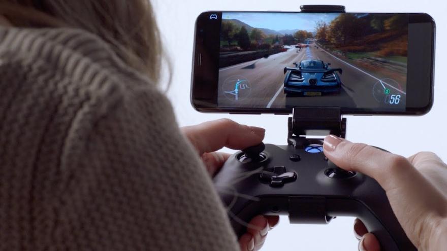 El Cloud Gaming permite jugar títulos impresionantes como Forza Motorsports en un teléfono