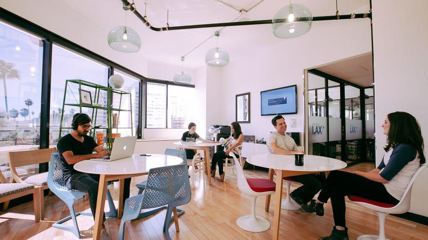 El 2020 impactó en el negocio del coworking, pero las empresas ven una oportunidad