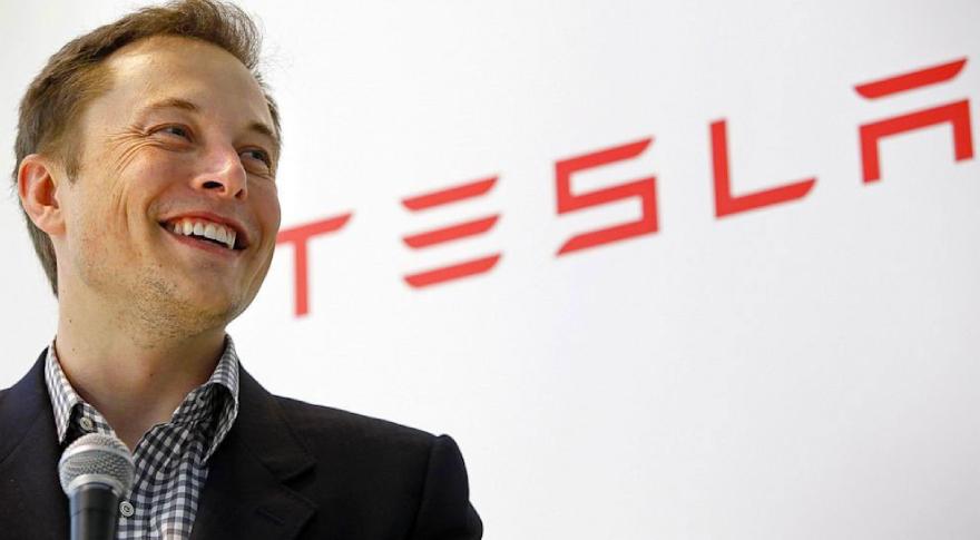 Musk espera el año próximo lanzar un cohete de SpaceX a Marte