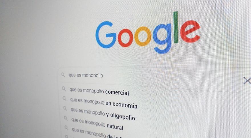 La gente usa google porque eligen hacerlo, no porque se vean forzados o porque no haya otras alternativas