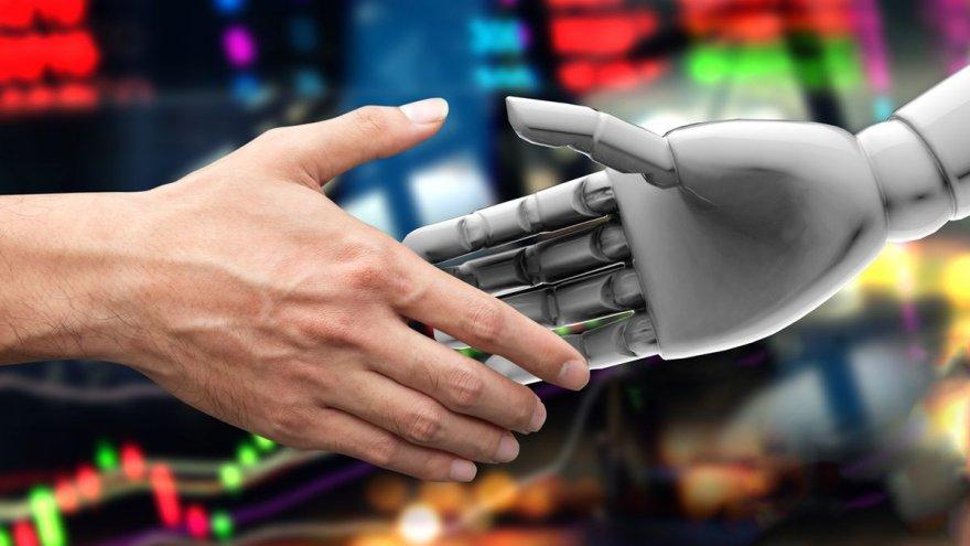 Uphold trabaja en un robot asesor de inversiones para hacer rendir más los ahorros