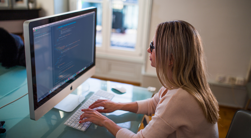 El sector de tecnología cuenta con cada vez más mujeres