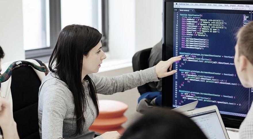 Programadores con experiencia, con sueldos de seis cifras