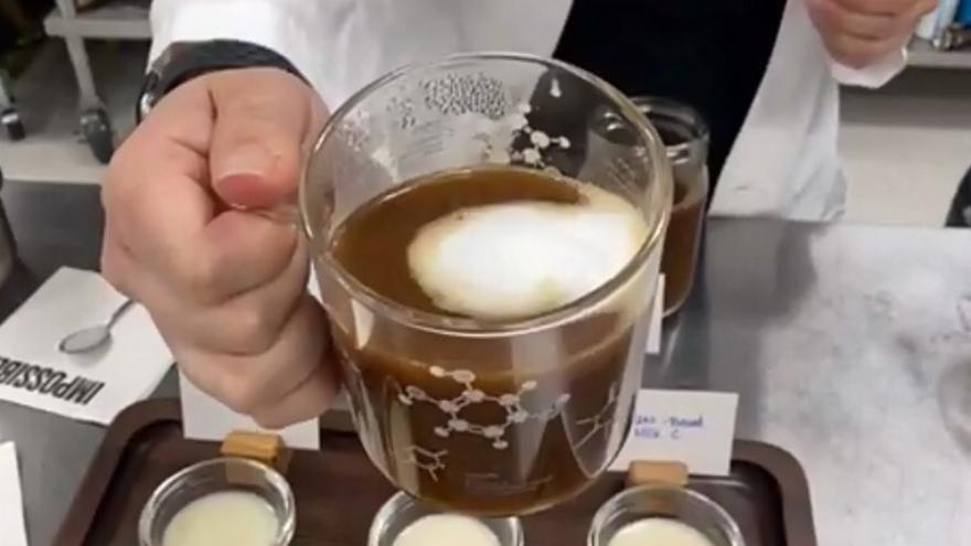 Si no se puede mezclar con el café, no sirve