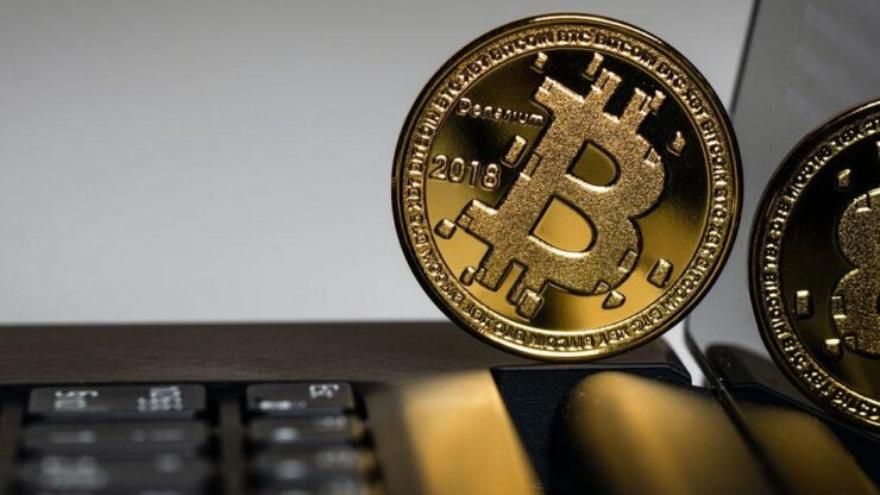 En lo que va del año el bitcoin acumulaba hasta el jueves una revalorización del 112,73%