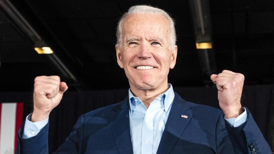 exigir la aplicación de todas las medidas del programa electoral que llevó a la elección de Joe Biden