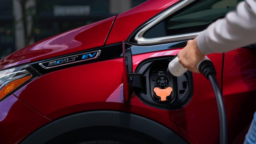 Mary Barra, Chaiman y CEO de General Motors Co., reveló que la compañía ofrecerá 30 modelos totalmente eléctricos a nivel mundial a mediados de la década.