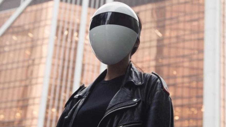 La máscara se puede conseguir por un precio que parte de los 62 euros en promoción