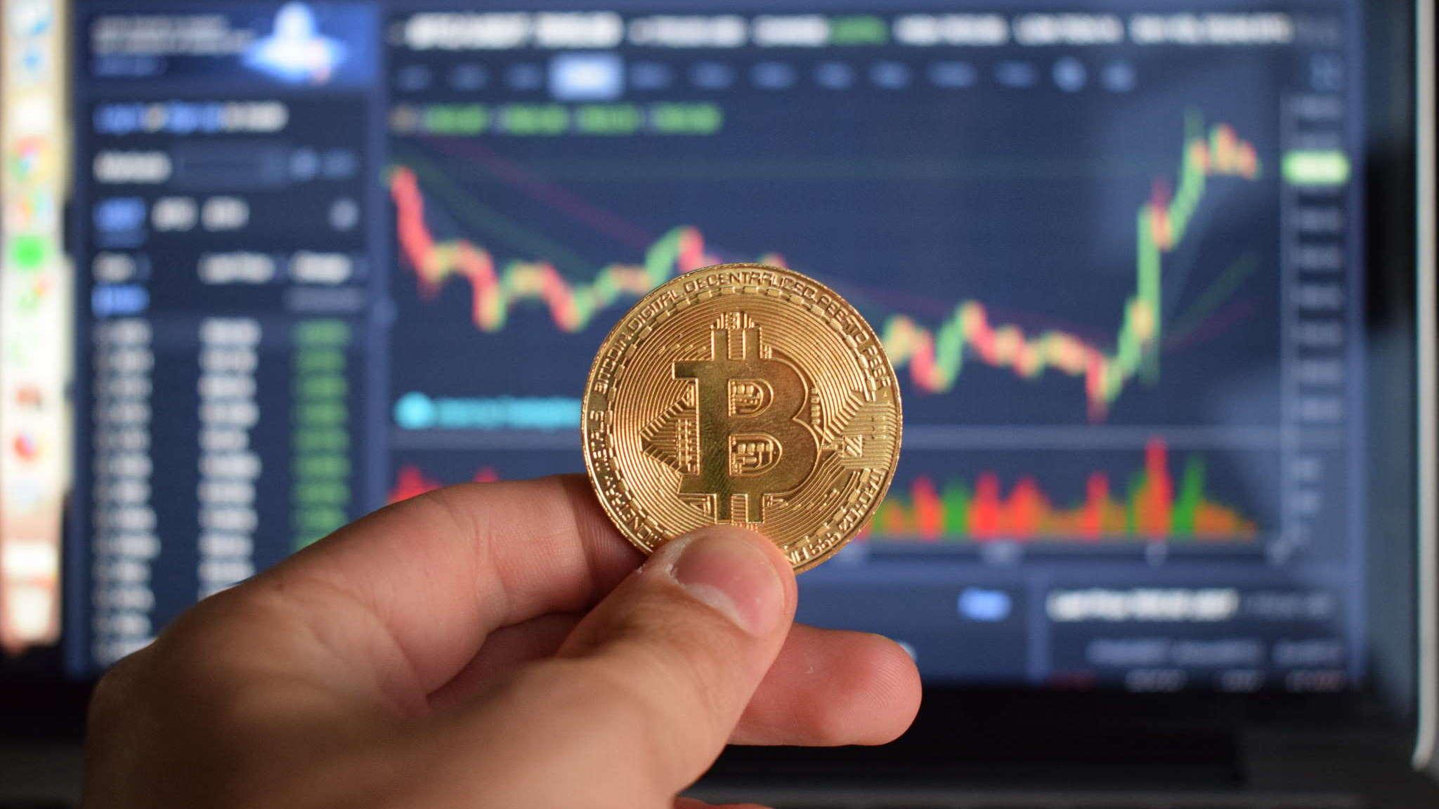 El regreso de Bitcoin, que se produce incluso más rápido que su anterior caída del fin de semana, marca el mejor rendimiento diario de Bitcoin