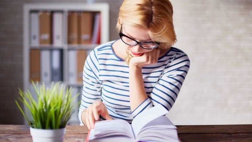Muchos siguen prefiriendo los libros físicos