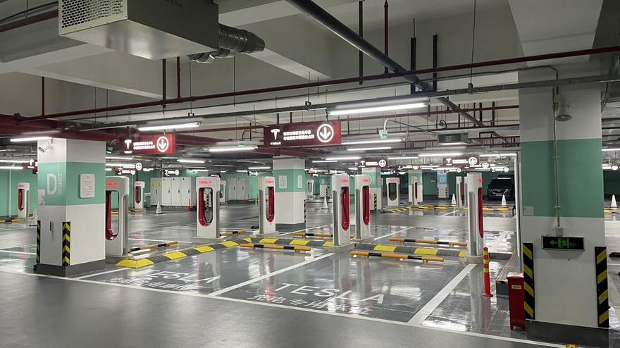 Así es la nueva estación de carga eléctrica de Tesla en China